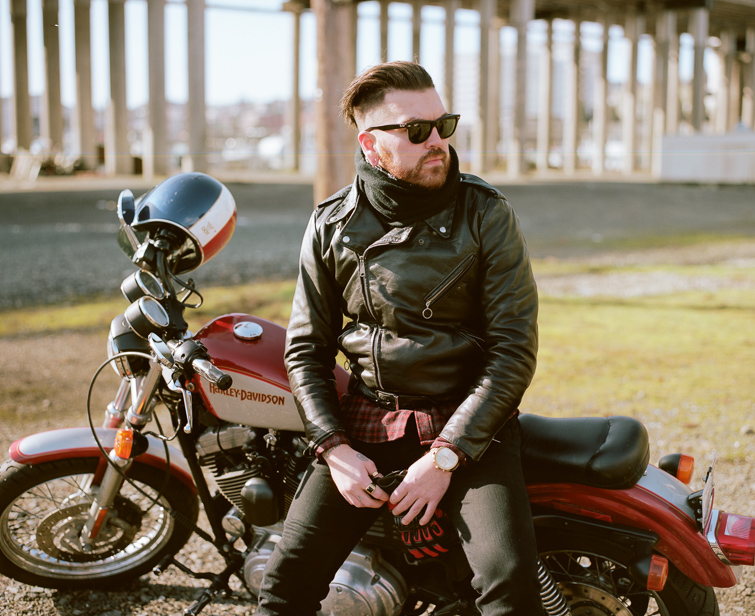 motorcyle-lifestyle-portraits-tacoma-anthony-7-of-9 Tacoma Motorcycle Lifestyle Portraits - Anthony Lifestyle Portraits