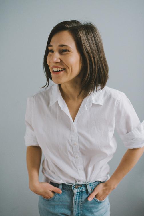 tacoma-natural-light-portrait-studio-headshot-janet-33-of-136 Tacoma Natural Light Headshots - Janet Portraits