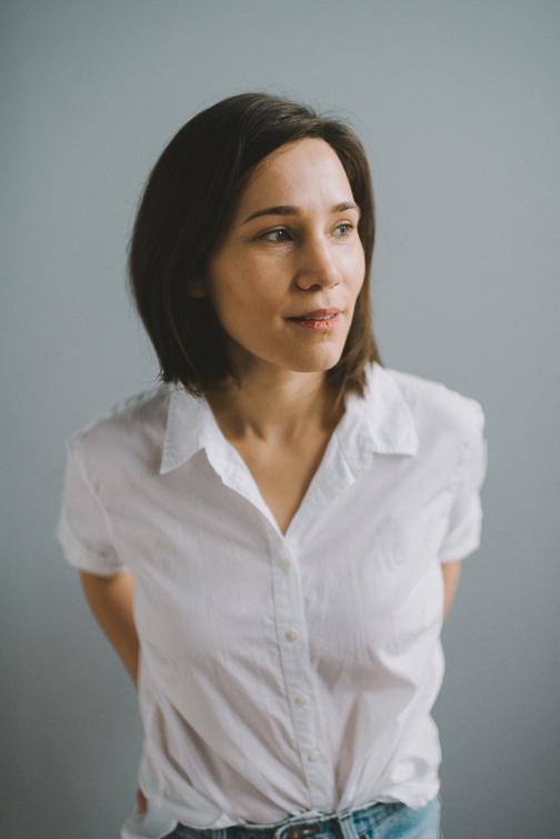 tacoma-natural-light-portrait-studio-headshot-janet-39-of-136 Tacoma Natural Light Headshots - Janet Portraits