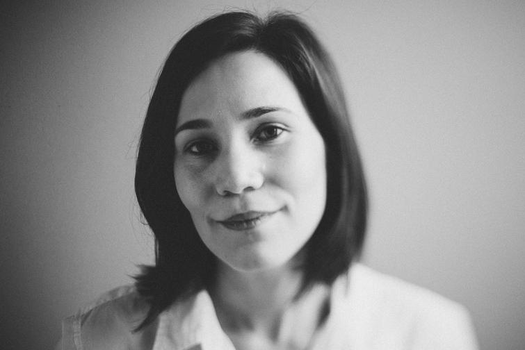 tacoma-natural-light-portrait-studio-headshot-janet-62-of-136 Tacoma Natural Light Headshots - Janet Portraits