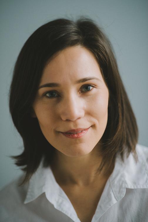 tacoma-natural-light-portrait-studio-headshot-janet-73-of-136 Tacoma Natural Light Headshots - Janet Portraits