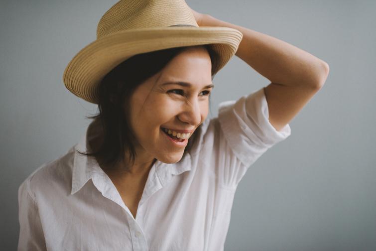 tacoma-natural-light-portrait-studio-headshot-janet-85-of-136 Tacoma Natural Light Headshots - Janet Portraits