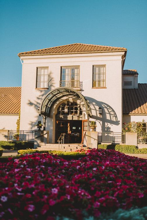 broadmoor-golf-country-club-wedding-seattle-54-of-83 Seattle Country Club Wedding - Tatjana + Brady Weddings