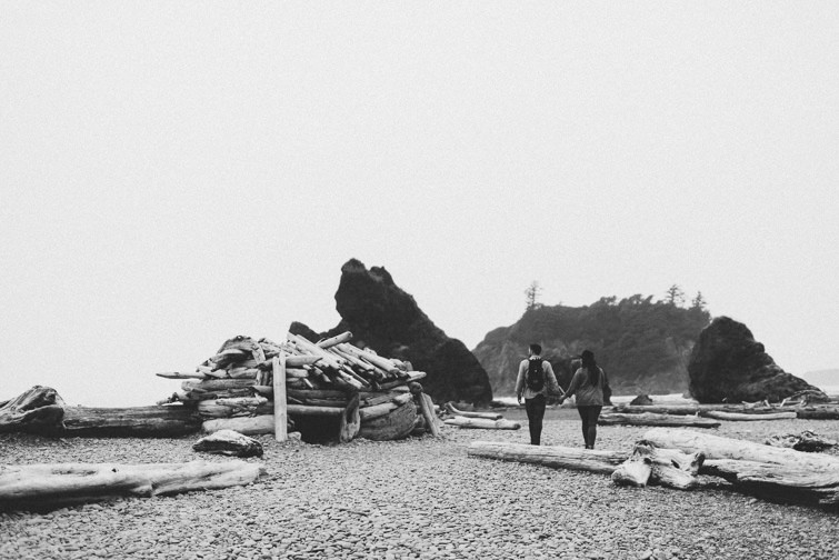 olympic-national-park-engagement-session-coast-8-of-17 Olympic National Park Engagement Session - Kali + Shawn Engagements